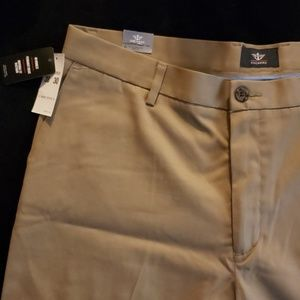Dockers Khaki Pants size 38/30